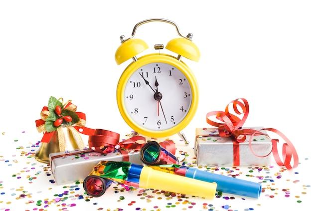 Wecker mit weihnachtsgeschenken