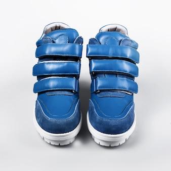 Weibliche blaue stiefel
