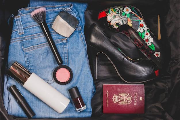 Weibliche reiseobjekte
