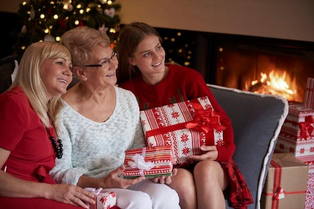 Weihnachten ist immer eine magische zeit für die familie