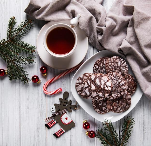 Weihnachten knisterte schokoladenplätzchen
