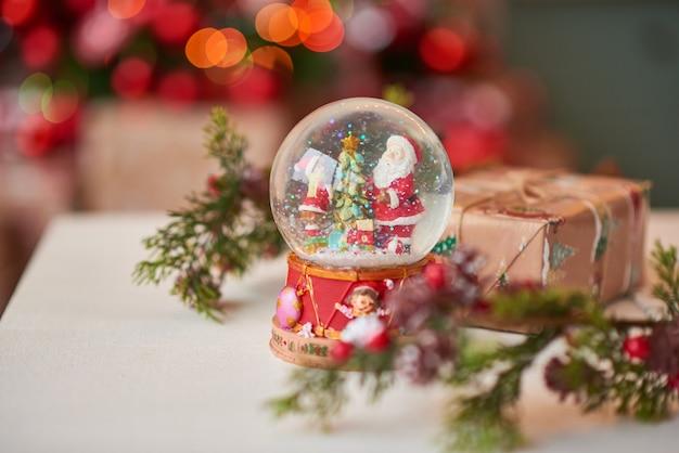 Weihnachten schneekugel