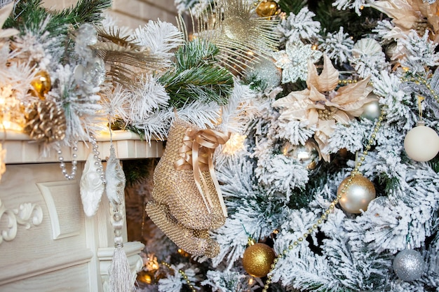 Weihnachten und neujahr dekoriert