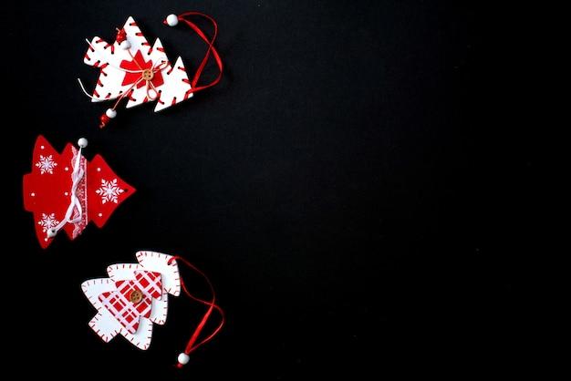 Weihnachts- und neujahrsfeiertagshintergrund mit kopienraum