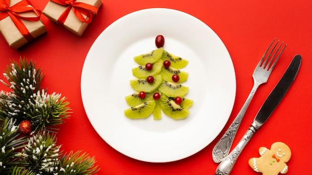Weihnachtsbaum mit essen gemacht