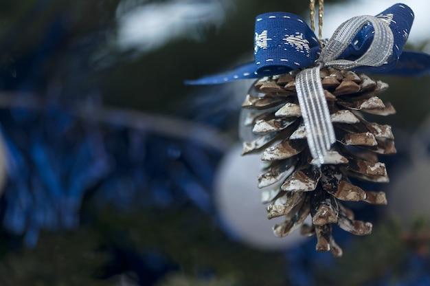 Weihnachtsbaumkugelverzierung