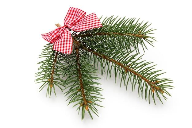 Weihnachtsdekoration auf der weißen oberfläche.