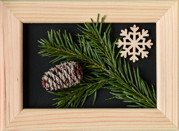 Weihnachtsdekoration mit fotorahmen.