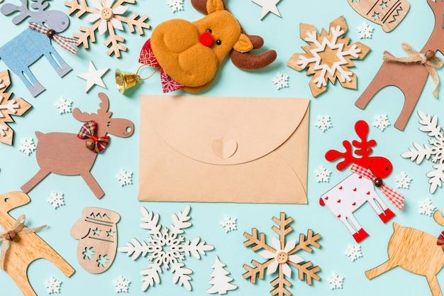 Weihnachtsdekorationen frohes neues jahr-konzept