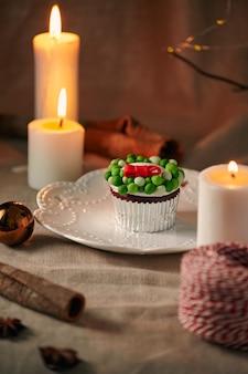 Weihnachtsdessert schneemann cupcakes