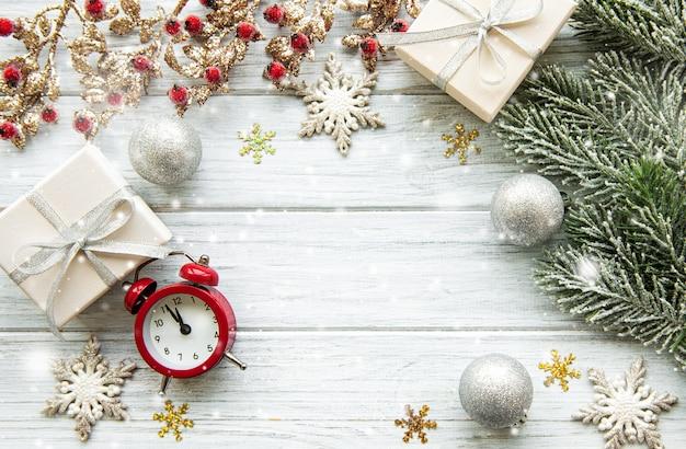 Weihnachtsfeiertagsoberfläche mit vielen verzierungen