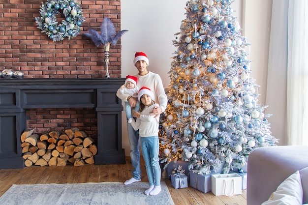 Weihnachtsfoto vater mit kind