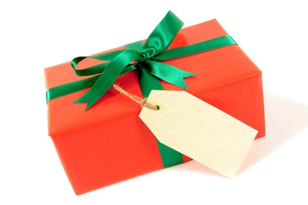 Weihnachtsgeschenk mit anhänger oder etikett