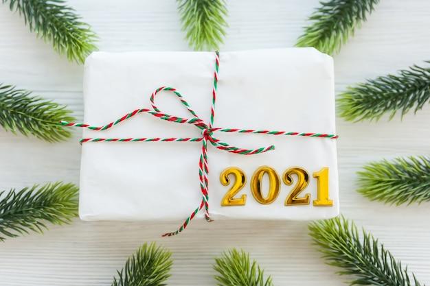 Weihnachtsgeschenk und frohes neues jahr-konzept
