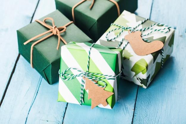 Weihnachtsgeschenkboxen, vorbereitung für feiertage. ansicht von oben