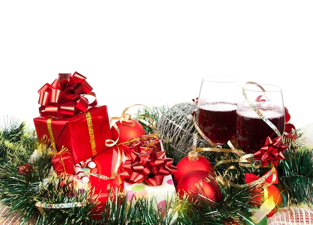 Weihnachtsgeschenke und ornamente