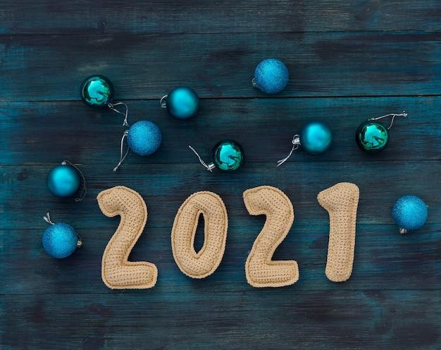 Weihnachtshintergrund mit chroched nummer mit kopierraum draufsicht