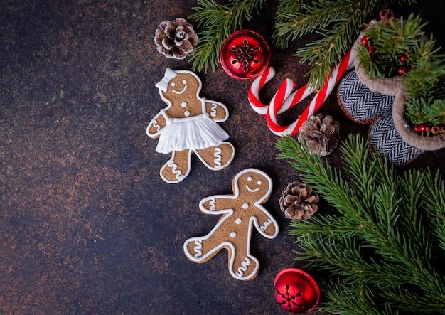 Weihnachtshintergrund mit plätzchen