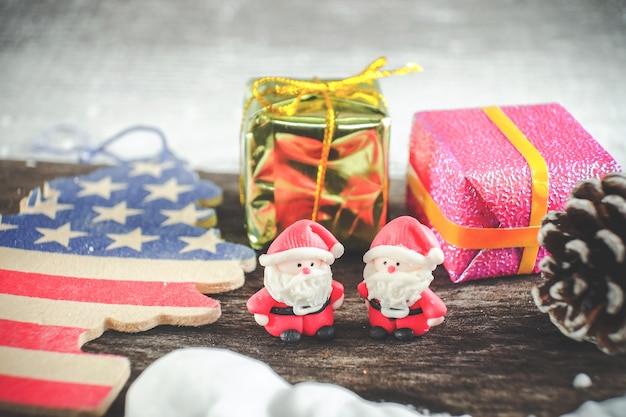 Weihnachtshintergrund mit weihnachtsdekoration