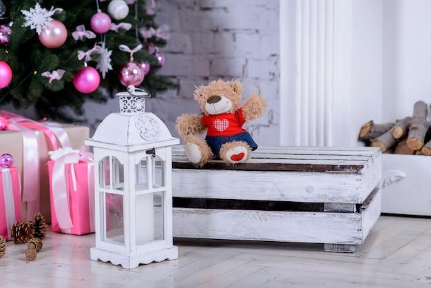 Weihnachtsinnenraum im wohnzimmer