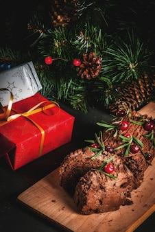 Weihnachtsjulblockkuchen