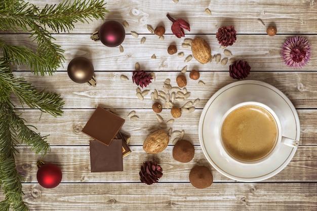 Weihnachtskaffee mit schokolade