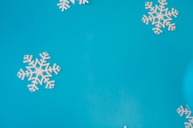 Weihnachtskarte mit dekoration