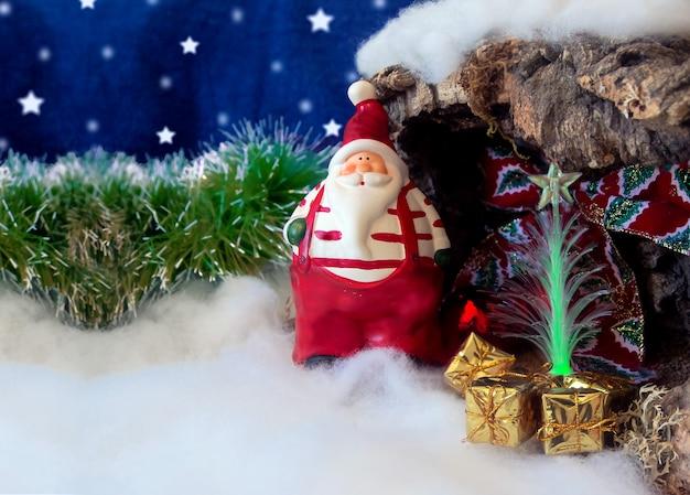 Weihnachtskarte mit weihnachtsmann und platz zum schreiben