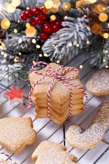 Weihnachtskeks oder lebkuchenplätzchen