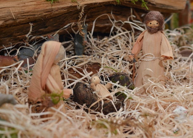 Weihnachtskrippe mit joseph maria und jesus