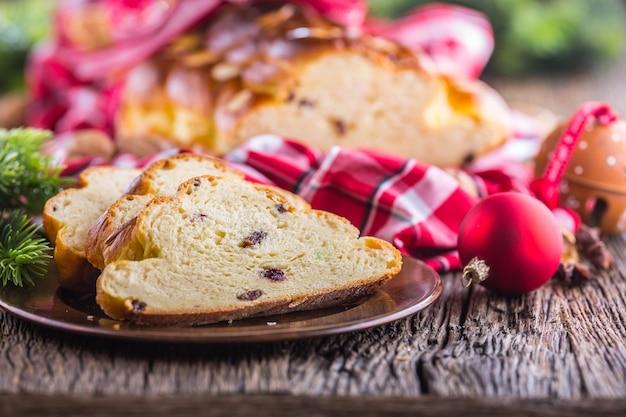 Weihnachtskuchen vianocka slowakisch oder osteuropäisches traditionelles gebäck