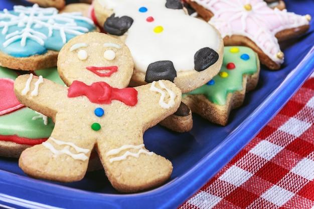Weihnachtslebkuchenplätzchen selbst gemacht