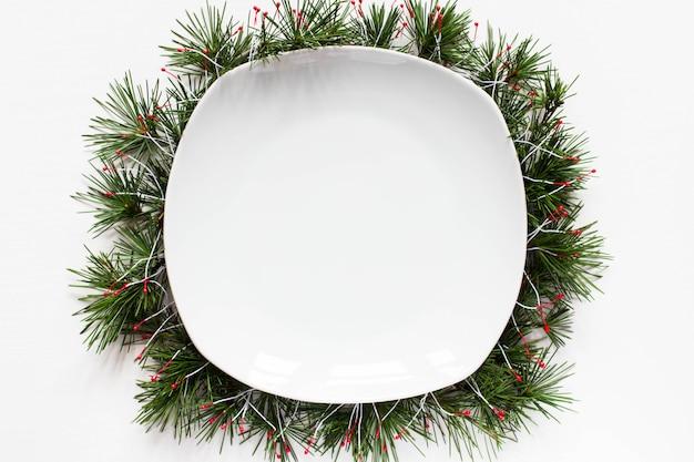 Weihnachtsleerer tellerhintergrund