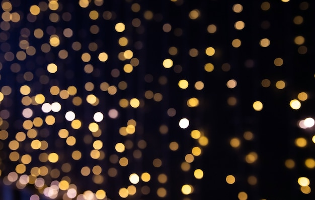 Weihnachtslichter unscharfer hintergrund