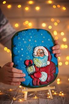 Weihnachtsmann auf lebkuchen