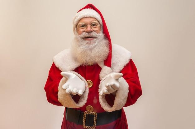 Weihnachtsmann auf weiß