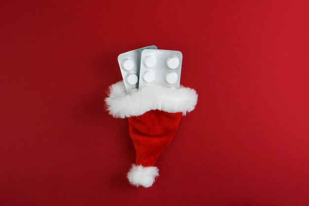 Weihnachtsmütze mit pillen
