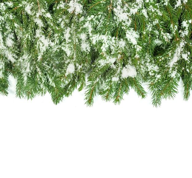 Weihnachtsrahmen mit schnee isoliert auf weißem hintergrund