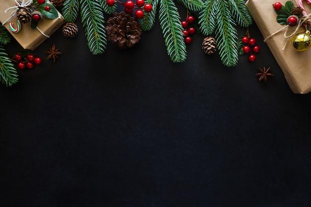 Weihnachtsrahmenhintergrund verzierte hausthema.