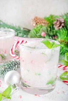Weihnachtszuckerstange mojito cocktail