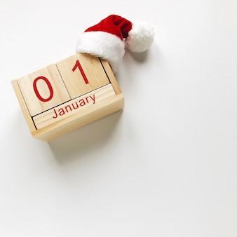 Weihnachtszusammensetzung von weihnachtsmann und von kalender