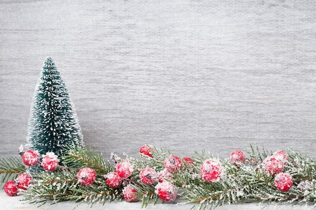 Weihnachtszweige. weihnachtsgrußkarte. symbol weihnachten.
