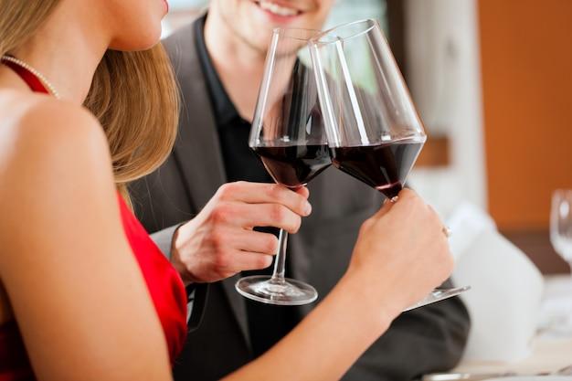 Weinprobe im restaurant