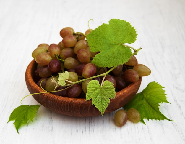 Weintraube mit blatt