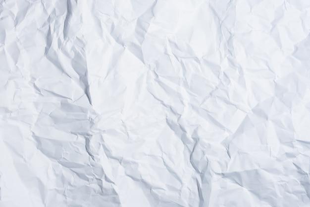 Weißbuch zerknittert