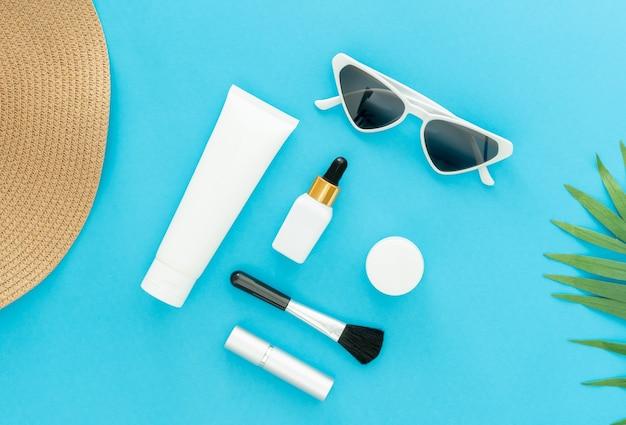 Weiße flaschencreme, modell der schönheitsproduktmarke
