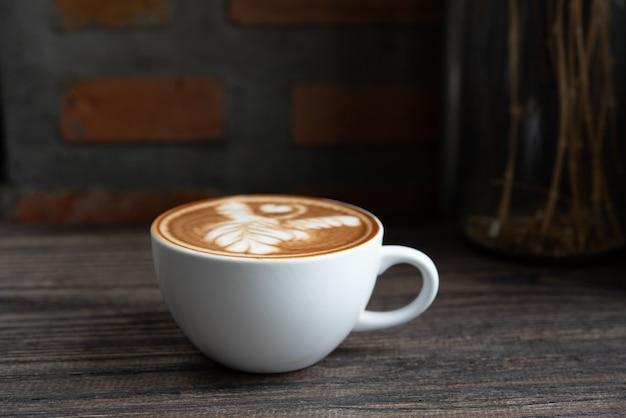 Weiße kaffeetasse