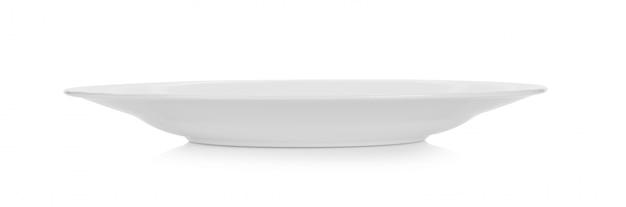 Weiße keramikplatte auf weißem raum