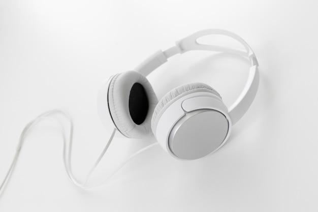 Weiße kopfhörer
