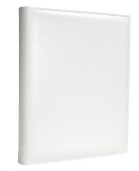 Weiße lederne fotoalbumabdeckung lokalisierte weißen hintergrund